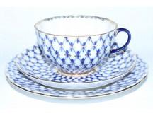 Комплект чашка с блюдцем и десертной тарелкой рис. Кобальтовая Сетка, ф. Тюльпан