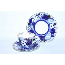 Комплект чашка с блюдцем и десертной тарелкой рис. Перезвоны, ф. Лучистая